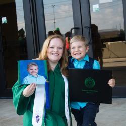 Mom is a grad!